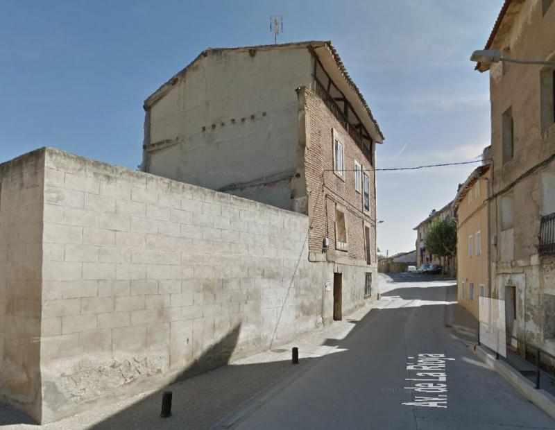 Licitación derribo casa Avenida La Rioja